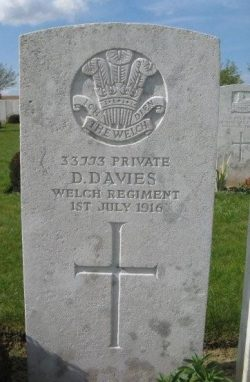 Ovillers Military Cemetery, Somme